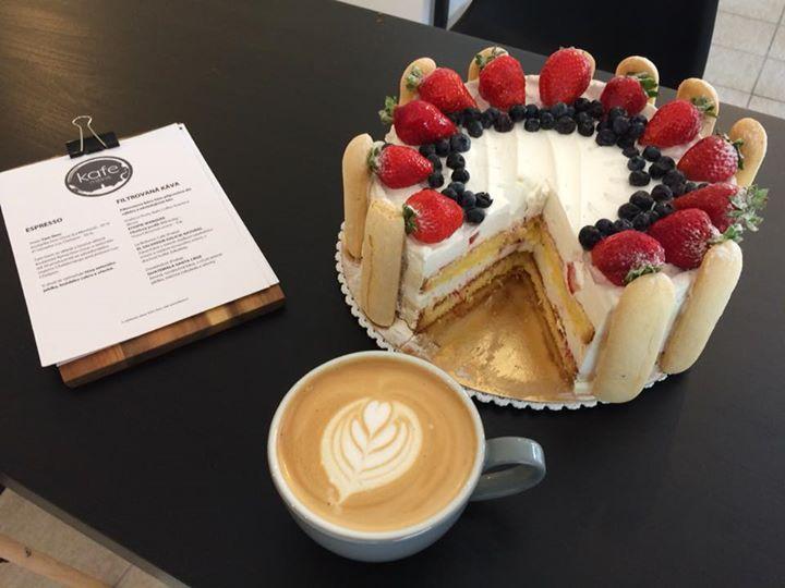 Říká se, že bezlepkové dorty nevypadají dobře, nechutnají dobře…