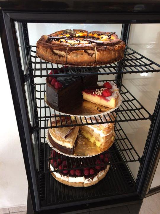 Tak dlouho se u nas premyslelo, ktery dort Vam vyfotime… A mate je tu vsechny …