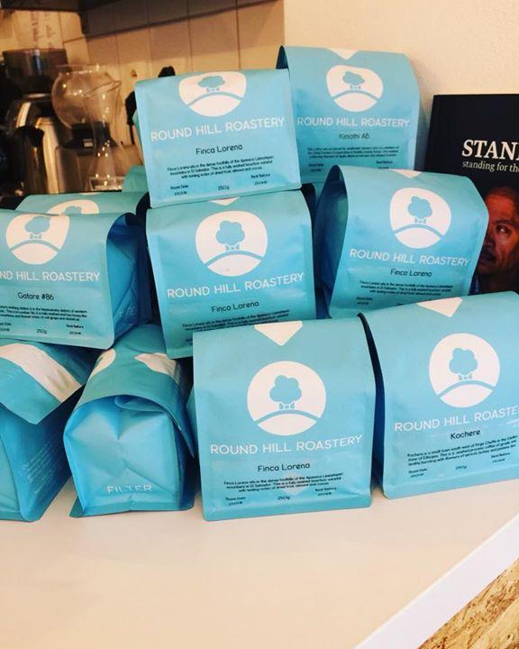 Round Hill Roastery dorazilo! Skvělé kávy z Rwandy, El Salvadoru, Keni a Etiopie…