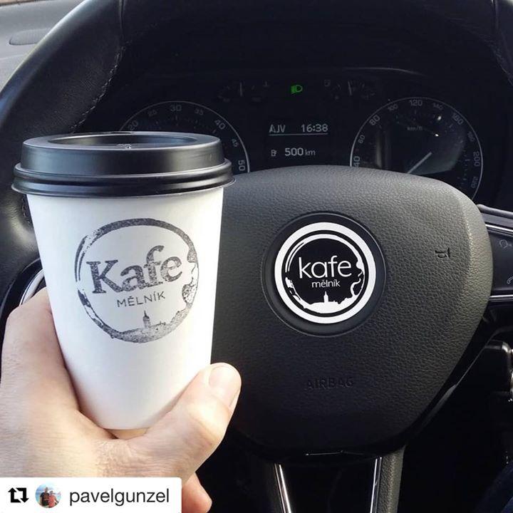 Někdo s námi jezdí nejen s kelímkem v autě 🤪️   Děkujeme! ️