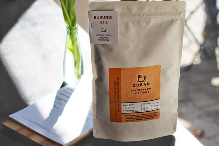 Máme nové kávy z Zoban pražírna Litoměřice !  Na fotce naturální Burundi Sehe, k…