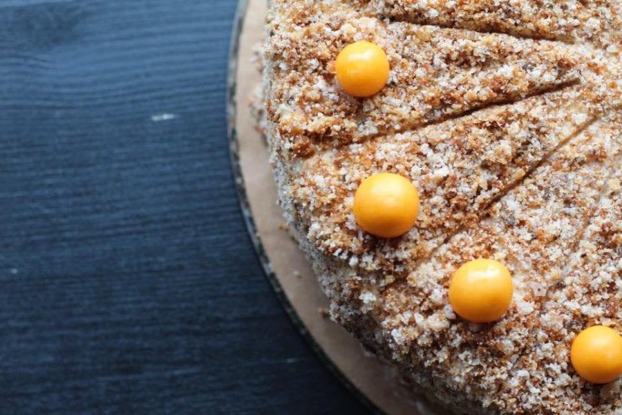 Jeden z nových dortů do zimních dní, ořechový s banánem   Připravujeme pro vás ú…